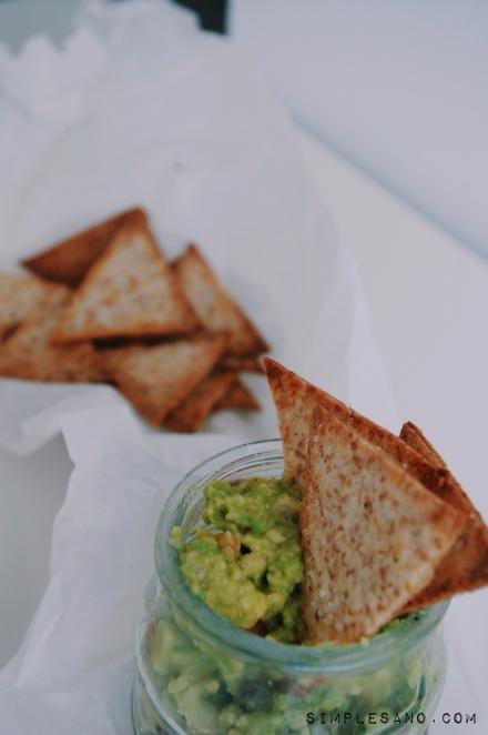 guacamole con nachos sanos