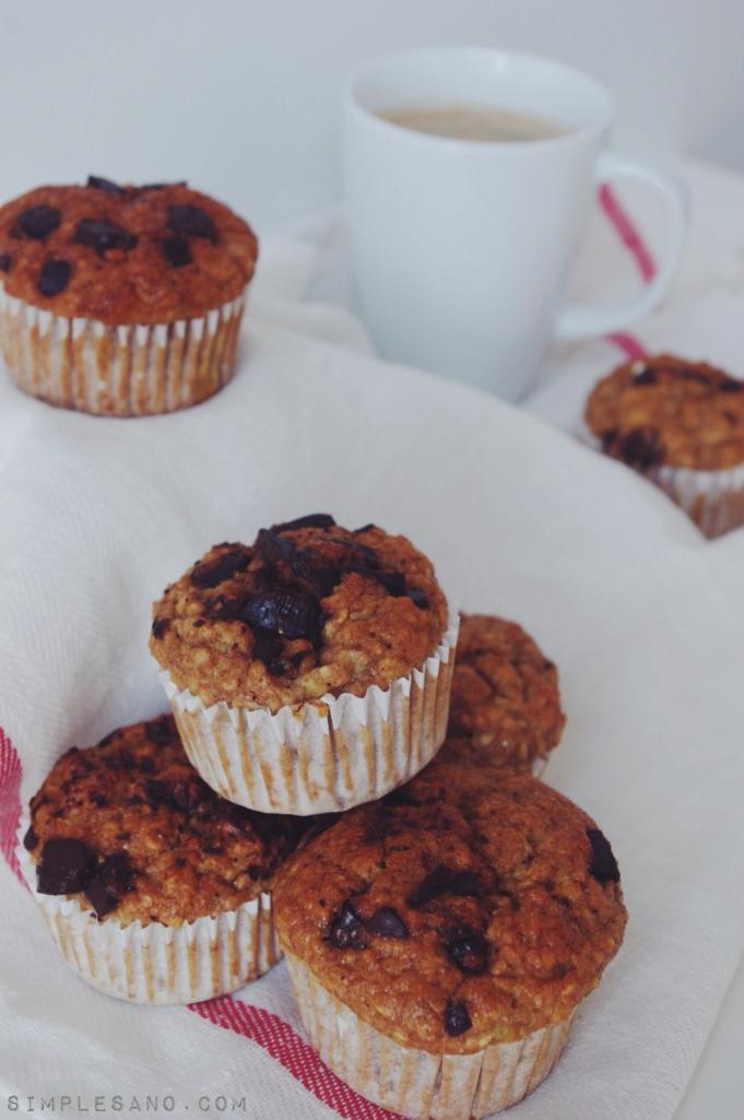 Muffins de avena platano y chocolate - simple&sano